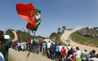 WRCポルトガル:ライバルが脱落、オジエがリード