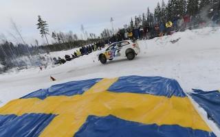 WRCスウェーデン:デイ3もオジエが首位