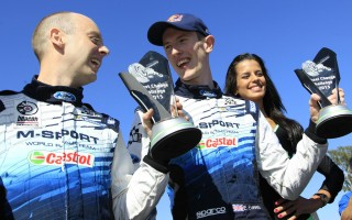 WRCアルゼンチン、タイヤ交換競争でエバンス・バリット組が優勝