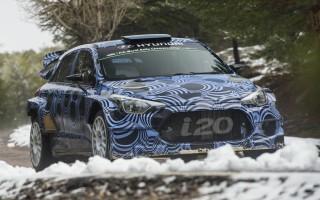 ヒュンダイが次期i20 WRCの開発計画変更、5ドア仕様で投入は2016年