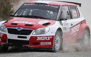 APRCワンガレイ:レグ2 MRFのアトキンソンがイベント2連覇
