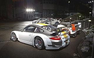 【ポルシェジャパン】世界で最も成功を収めているGTレーシングカー、911 GT3 RSRの2011年モデルがデビュー