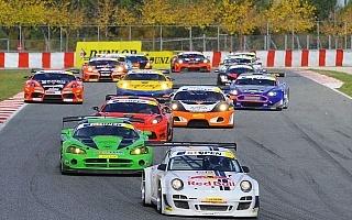 GTオープン最終戦に出場、ローブとソルドが17台のごぼうヌキ