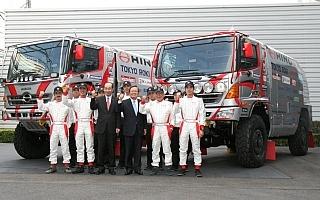 日野自動車、ダカールラリー2011参戦!