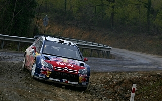 WRC第4戦ラリートルコ デイ2:悪天候のなかローブが首位に立つ