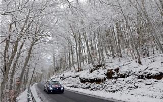 VW、雪でのアンダーが改善されたポロR WRCでスウェーデンも盤石?