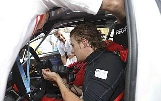 ラリー・フィンランド:ライコネン、クラス3番手につけながらもエンジンに不調