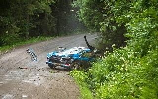 WRカーでエントリーのルキヤナク、フィンランドのテストでクラッシュ