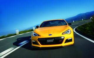 STI、コンプリートカー「BRZ tS」を300台限定で発売