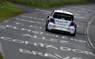 WRCフランス:ラトバラとミケルセンが1-2堅持