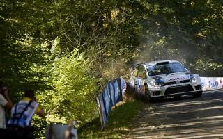 WRCフランス:オジエが脱落する波乱の初日