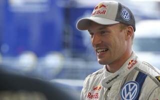 WRCフィンランド:デイ1「ラリードライバーには恵みの雨」