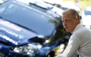 WRCイタリア:デイ1「消火器を3本、空にした」