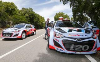 WRCイタリア:ヒュンダイ一時1-2も、VWがリード