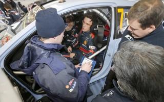 WRCモンテカルロ:ヌービルがSS1でクラッシュ