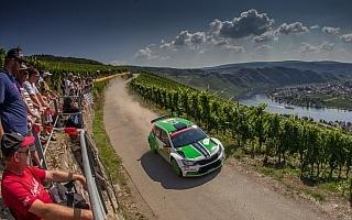 WRCドイツ:WRC2はファビアR5のコペッキーがリード