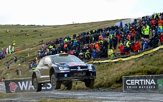 WRC GB:ラリー初日はオジエがリード。地元ミークが2位