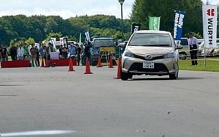 全日本ラリー唐津:デイ1に唐津東港でオートテストを開催