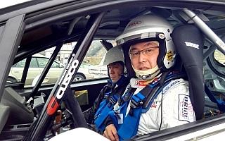 ラリープラス・クスコレーシング・ラリーチームのプジョー208 R2がシェイクダウン!