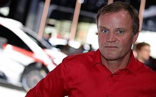 マキネン、ドライバー決定の噂を否定
