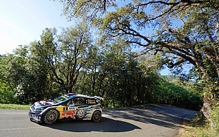 WRCフランス:デイ1トップはセバスチャン・オジエ