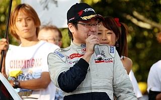 プジョーファンミーティングに柳澤宏至とラリプラ208 R2が出演