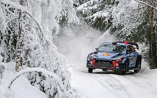 WRCスウェーデン:デイ2を終えてヒュンダイのヌービルが首位。ラトバラは2番手