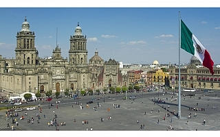WRCメキシコ、首都でスーパーSS開催