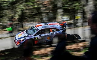 WRCフランス:SS9でソルドがオジエを逆転し2位浮上、ヌービルが首位を堅持