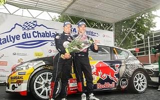 セバスチャン・ローブ、セブリーヌ夫人とスイスのラリーで優勝