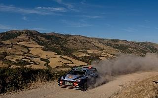 WRCイタリア:2日目にパッドンが首位に浮上も僅差の大混戦