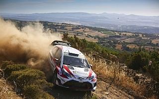 WRCイタリア:ヤリスWRCは3台すべてがトップ5に上がって最終日を迎える