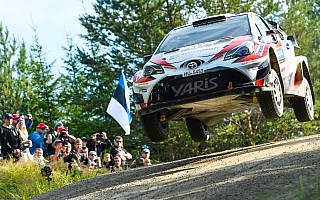 WRCフィンランド:トヨタが1-2体制、競技2日目はラッピがリード