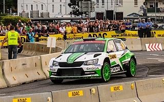 WRCドイツ:SS1はファビアR5のコペッキーがトップ