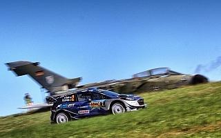 WRCドイツ:競技3日目、Mスポーツのタナクがリード拡大
