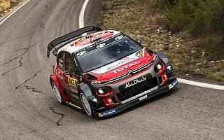 WRCスペイン:デイ2を終えてミークが首位。悪夢のヒュンダイ、Mスポーツはタイトルに王手