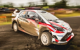 WRCラリーGB:ラトバラが総合4位に浮上、霧に包まれたナイトステージでベストタイム
