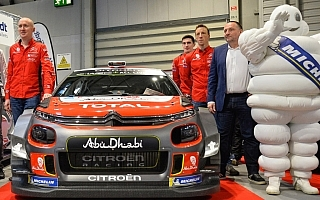 シトロエンが2018年仕様C3 WRCをアンベール、サイドウィンドウにはローブの名が