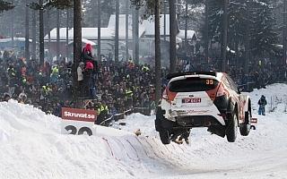 WRCスウェーデン:WRC2部門デイ3、勝田貴元がリードを広げる