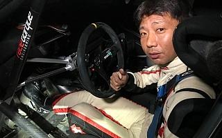 JSR嬬恋:ファビアR5をドライブする炭山が首位を快走