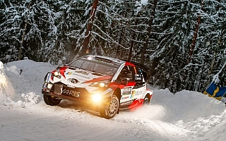 WRCスウェーデン開幕。初日トヨタ勢はタナクが1位、ラトバラが2位につける