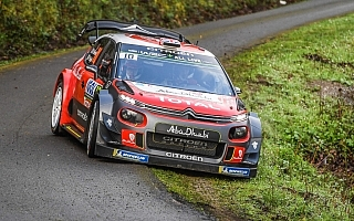 WRCフランス:シェイクダウンのトップはクリス・ミーク