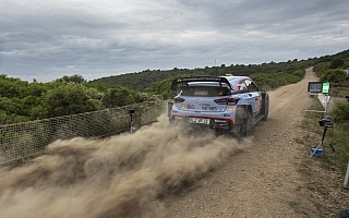 WRC、ラリー2での再出走時のスタート順が先頭に