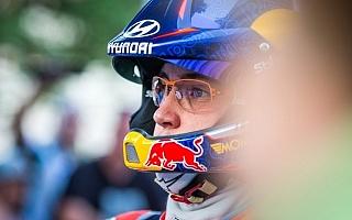 WRCフィンランド:ヌービル「この環境の中で出来ることをやるしかない」デイ2コメント集