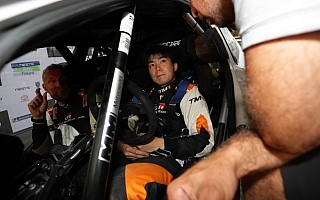WRC2の新井大輝は7位、足立さやかは14位で完走