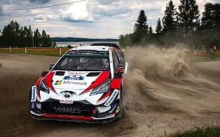 WRCフィンランド:競技2日目を終え、タナクとオストベルグが首位争い