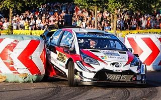 WRCドイツ:SS1はトヨタのタナックがトップ、2番手にファビアR5のロバンペラ