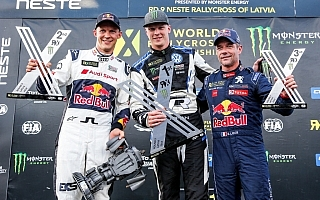 世界RXラトビア:クリストファーソンが今季8勝目、ワークス3チームがポディウムに