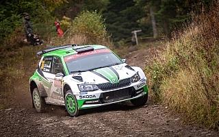 WRCラリーGB:デイ2、WRC2部門は18歳になったロバンペラがリード