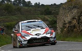 WRCスペイン:デイ3を終えてラトバラが総合首位、タナクはパンクで後退